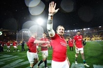 Nowell helps Lions to sink All Blacks