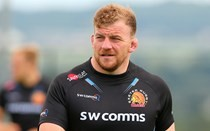 Low agrees new Chiefs deal